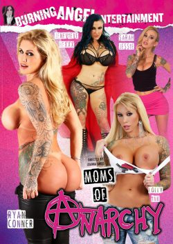 Moms of Anarchy Ryan Conner Small Hands, Brunette, Threesome